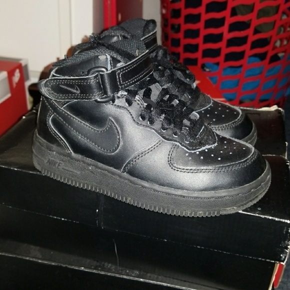 Zapatos Nike Ones High Top Air Force Ones Nike Poshmark 43f3c8